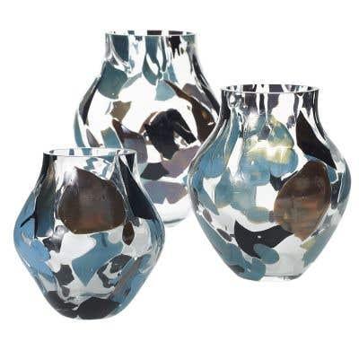 Chip Vase